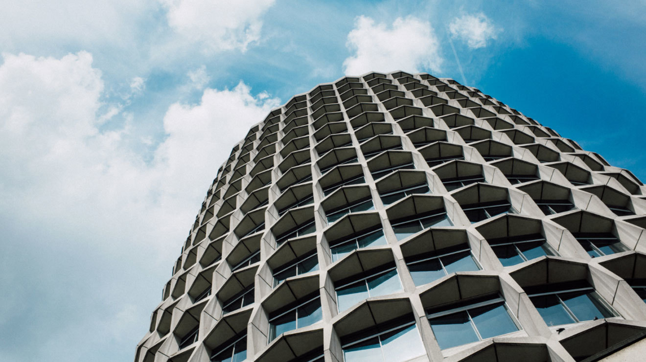 39 minimal photos of London architecture from Laura McGregor