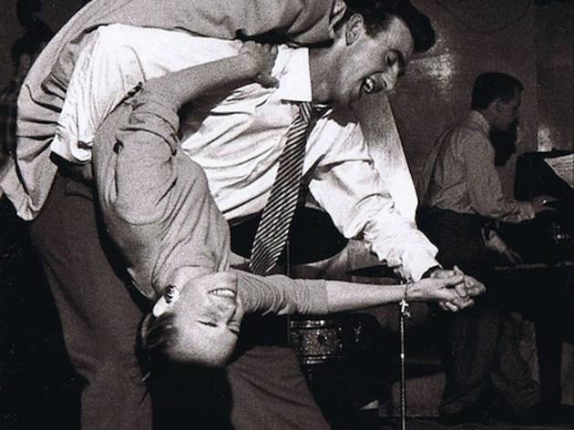 8 sitios para bailar swing en barcelona for Swing gracia