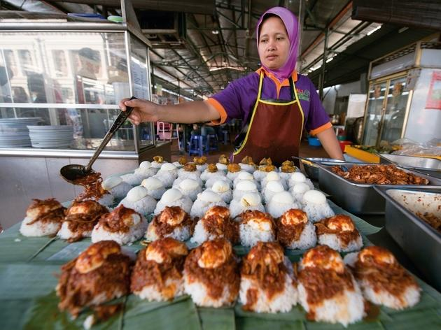 Nasi lemak sellers, Sri Weld Food Court