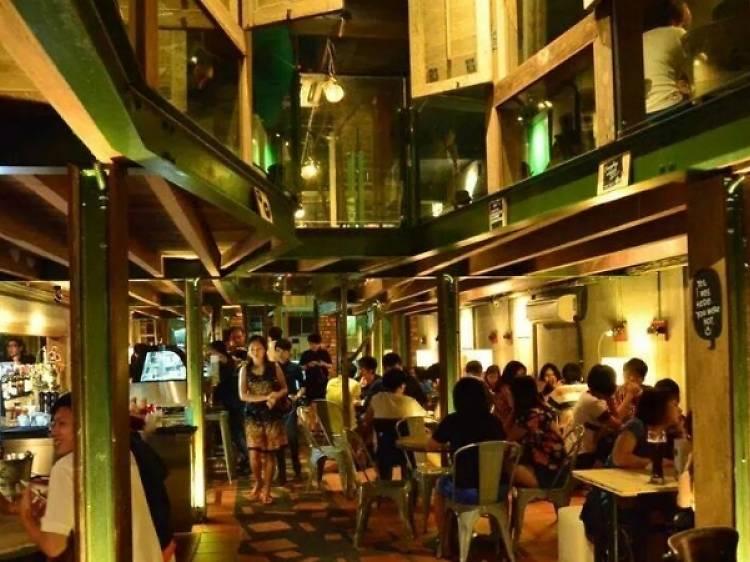 Talk Talk Wine Bar & Lounge