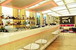 N'vY bar Geneva