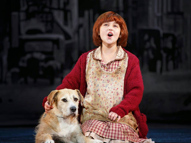 Issie Swickle as Annie in the 2014 touring production of Annie
