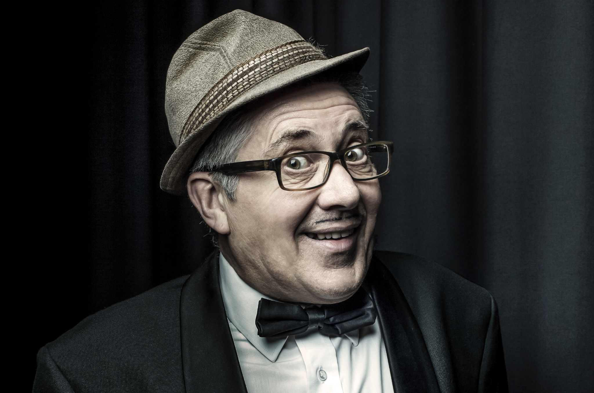 count arthur strong press 2014