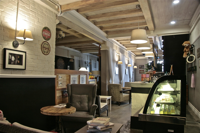 The Mangoes Café promotion
