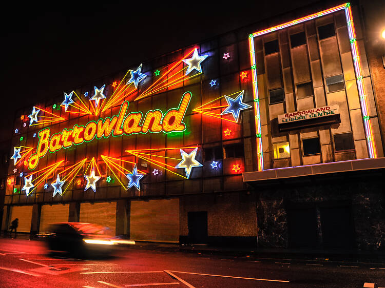 Watch a gig in retro splendour at The Barrowland Ballroom