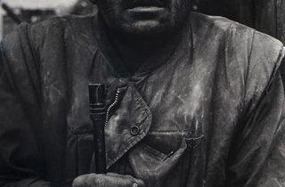 Don McCullin (Shell Shocked US Marine, The Battle of Hue 1968, printed 2013)