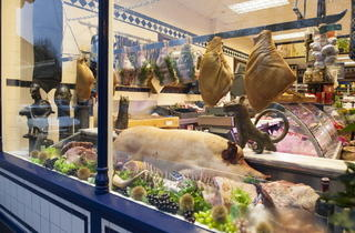 M Moen & Sons Butchers