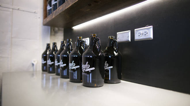 14 places to get a growler