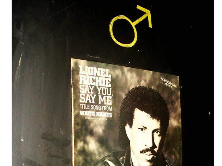 Polaroid Bar: 'oju' amb Lionel Ritchie