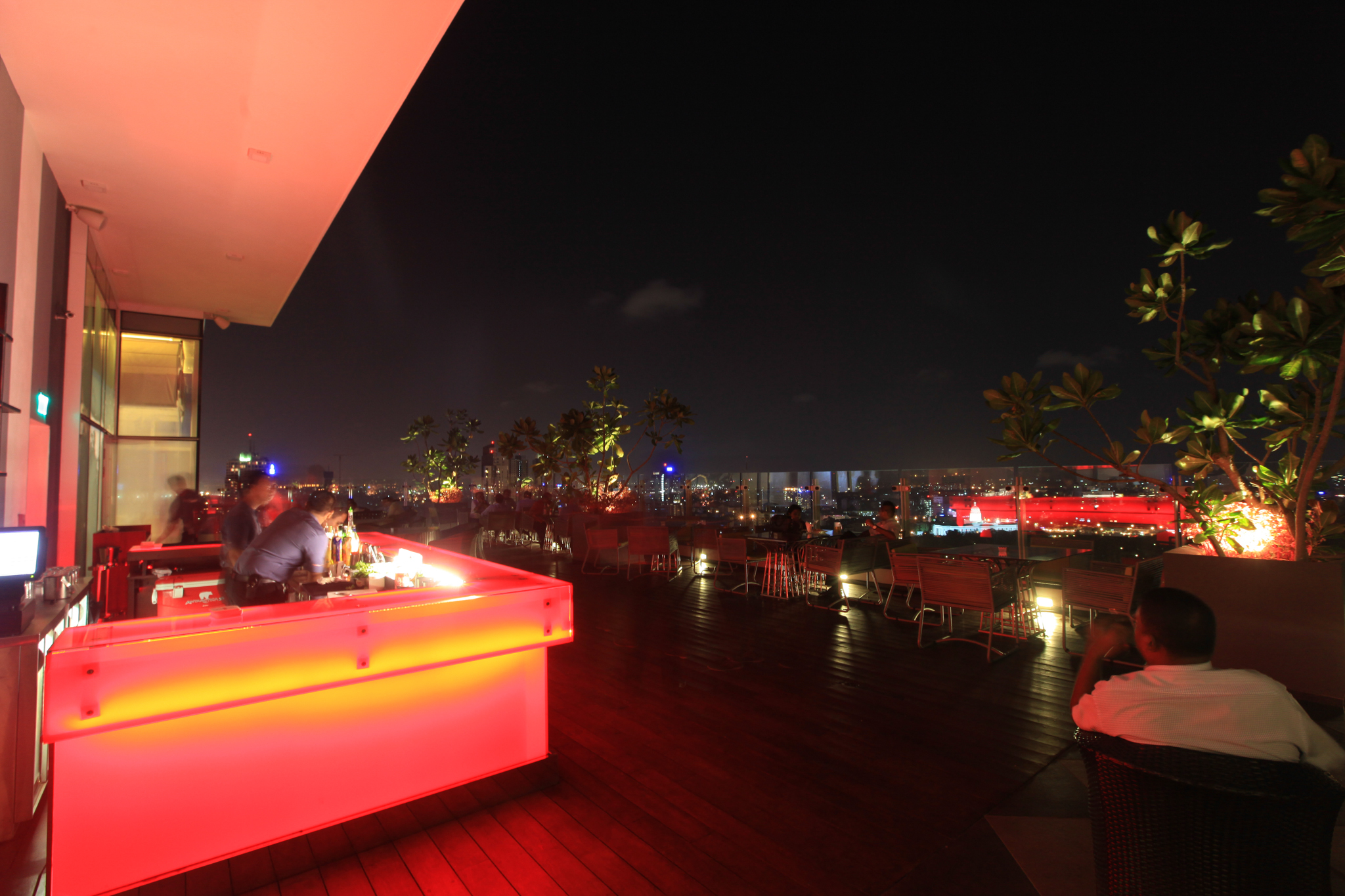 Cloud Red is a bar in Colombo