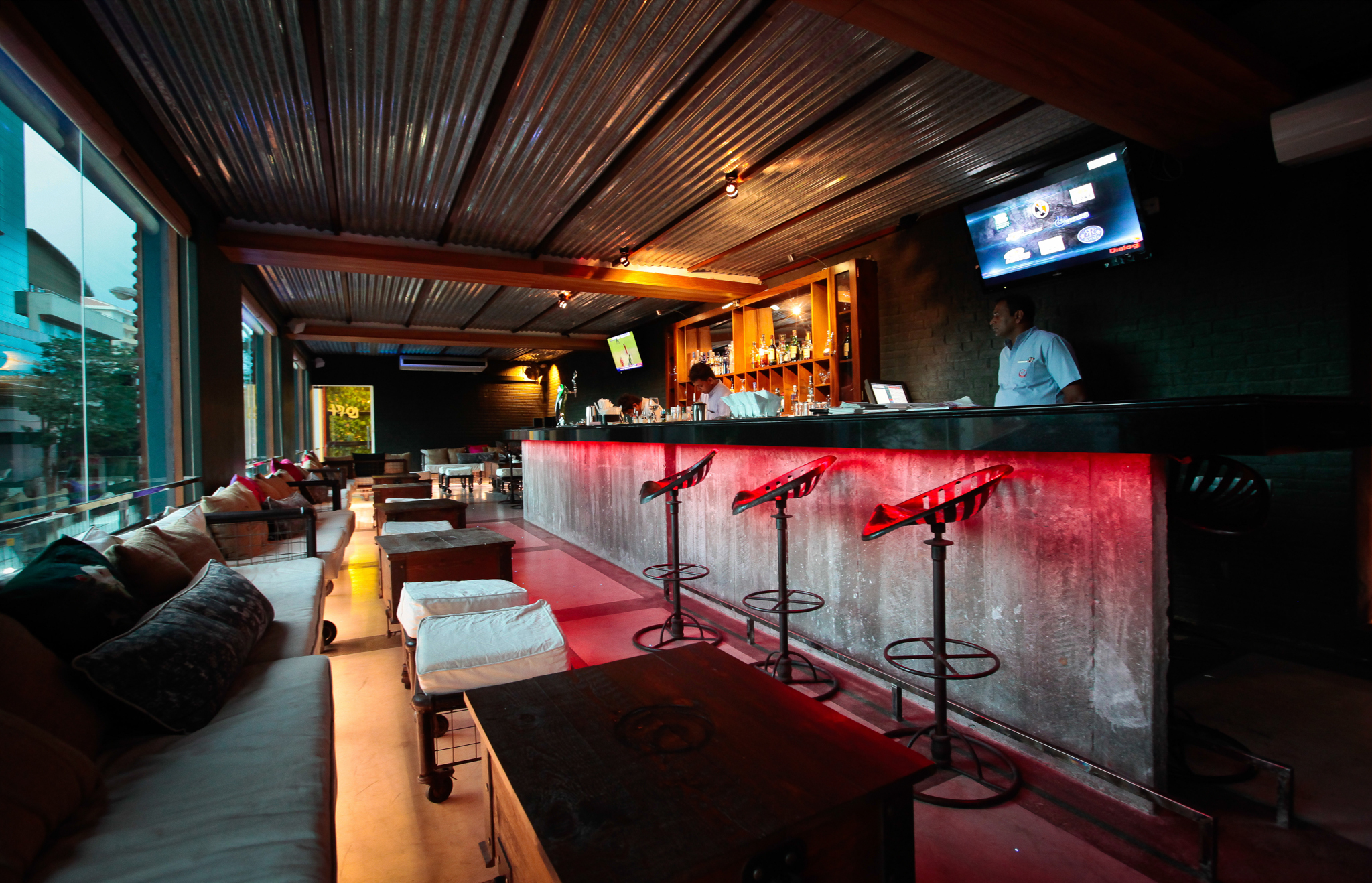 Loft Lounge Bar | Bars and pubs in Colombo 3, Colombo