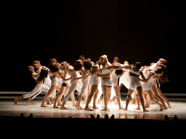 Béjart Ballet Lausanne - Le Presbytère n'a rien perdu de son charme, ni le jardin de son éclat