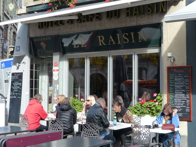 Hotel Restaurant Le Raisin, Lausanne restaurant, Time Out Switzerland