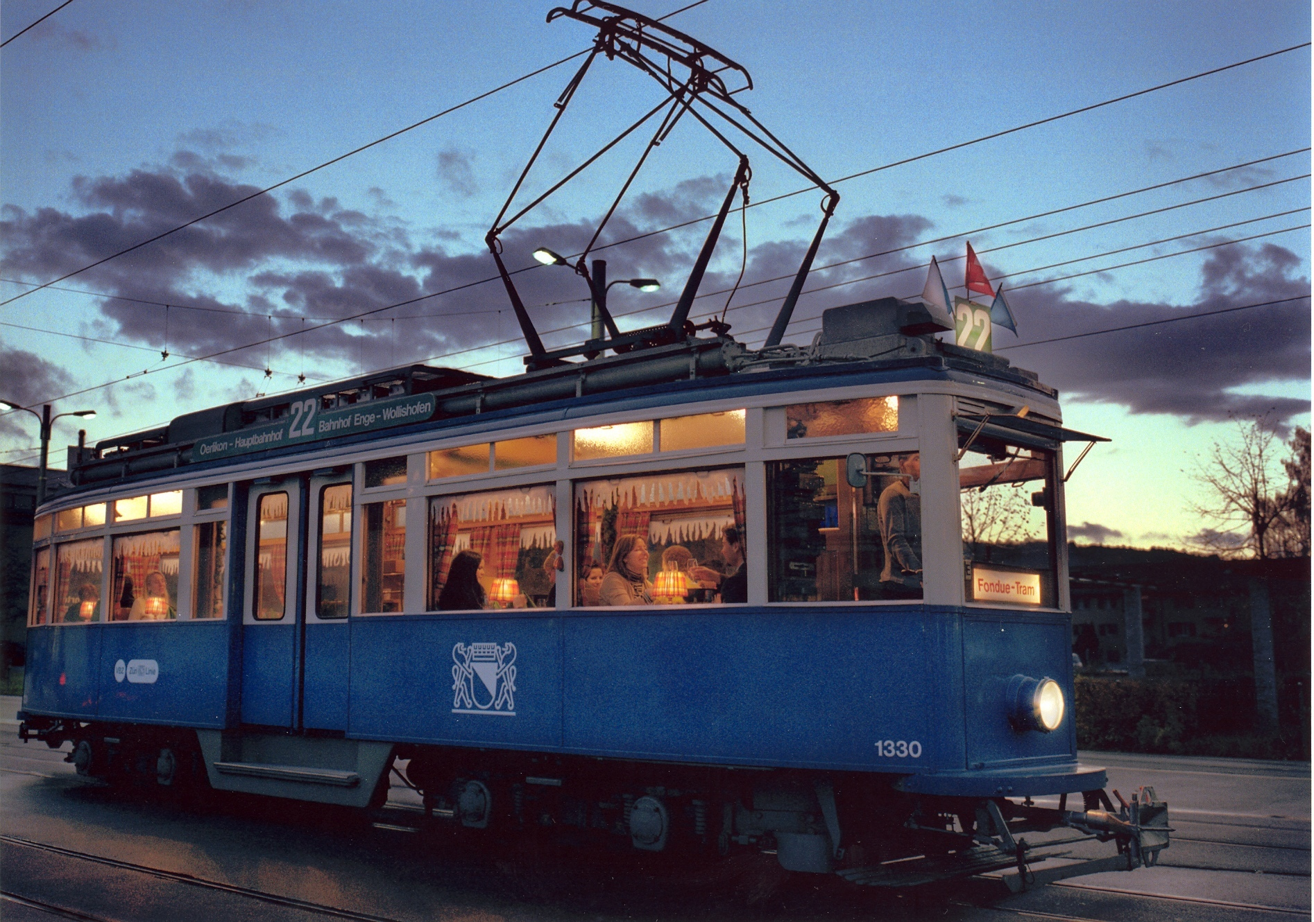 Themed trams: fondue tram
