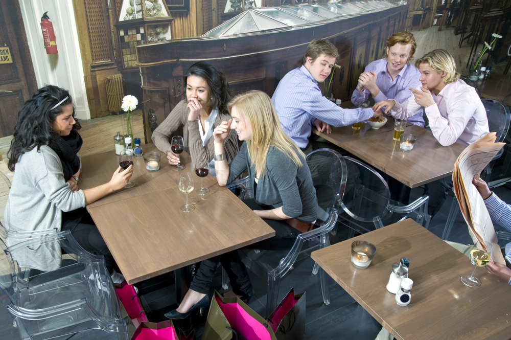 7 maneres de conèixer gent a BCN