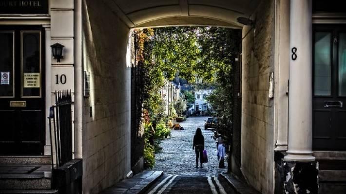 The Enchanted Mirror treasure trail, Hidden City