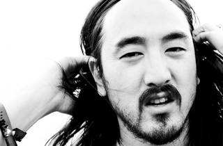 PLAY presents The White Party featuring Steve Aoki