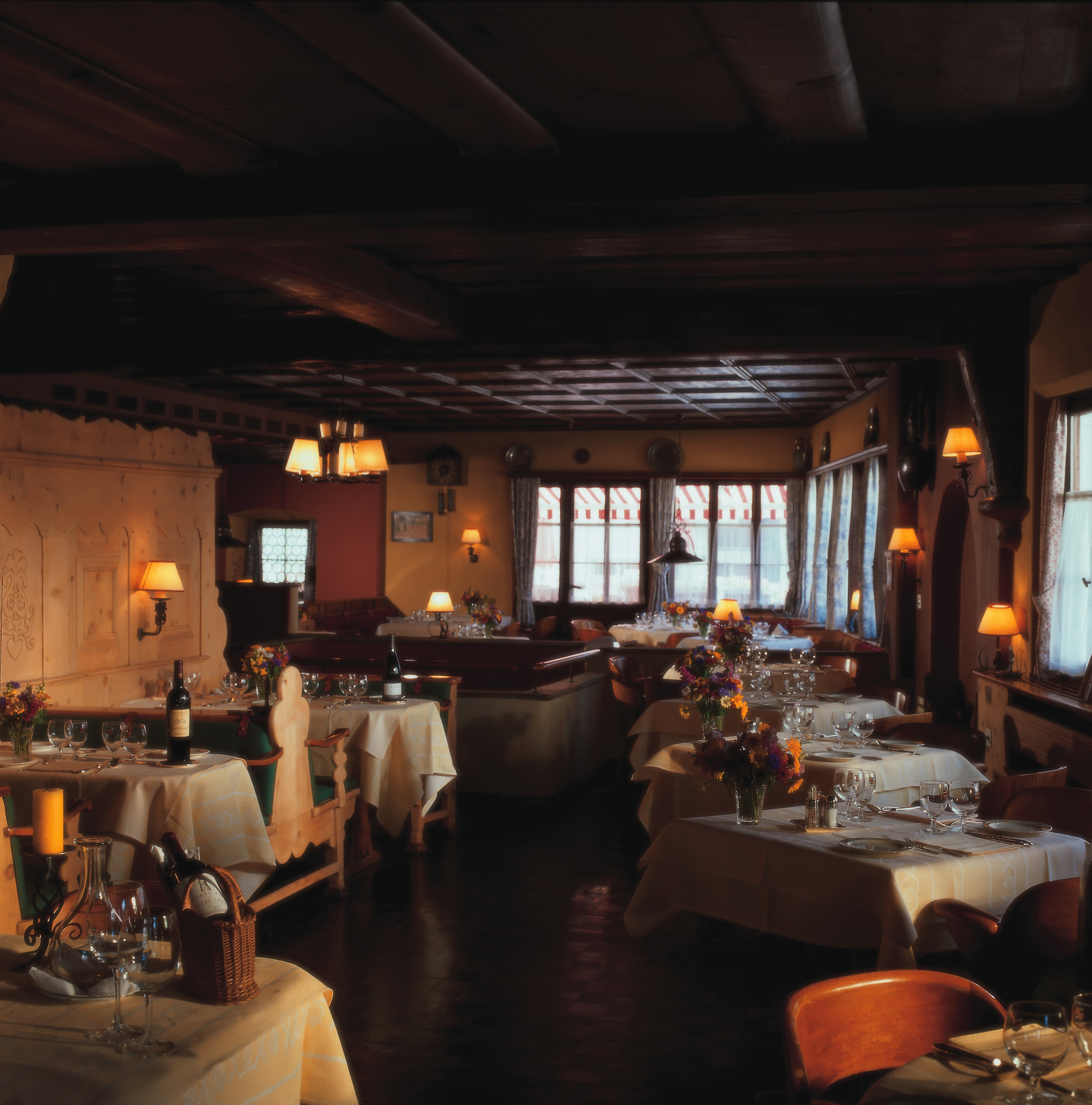 10. Dine at a famous restaurant