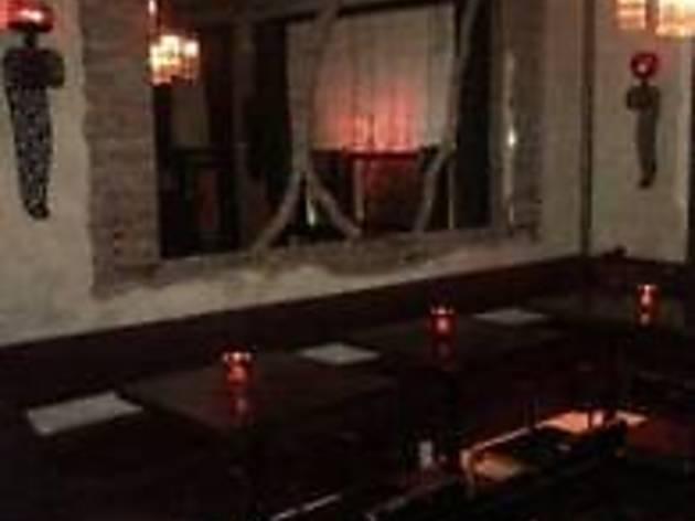 Betti Bar at Hourglass Tavern