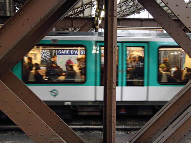 Paris métro gare d'Austerlitz