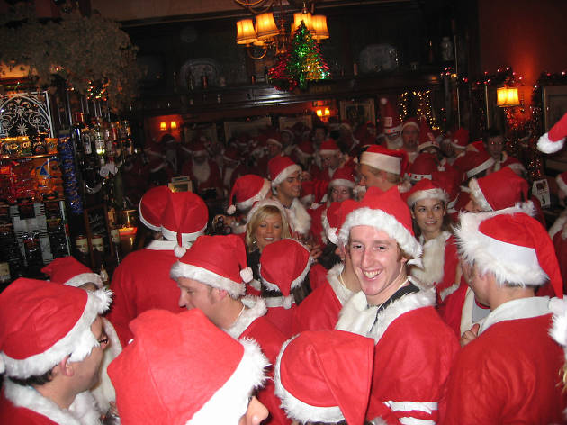 London Santa Pub Crawl