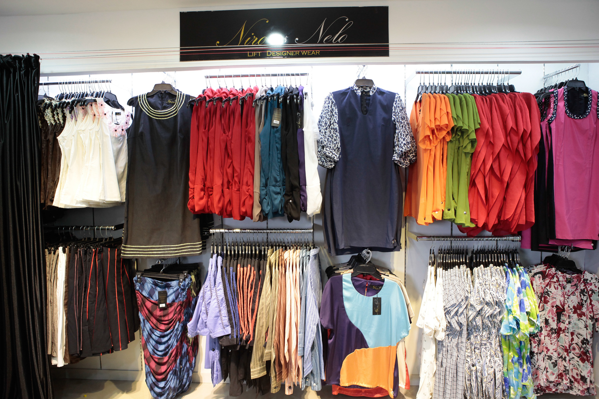 Lady Golf - The Fashion House. We are much more than golf offering unique and hard to find women's sportswear, travel & daily wear apparel, golf & street shoes, equestrian apparel, fitness clothes for workout, gym, yoga, pilates, running and tennis wear in women's petite to plus sizes. Celebrating our 25th Year as the Nation Leading Retailer for women's sportswear, gifts and accessories.