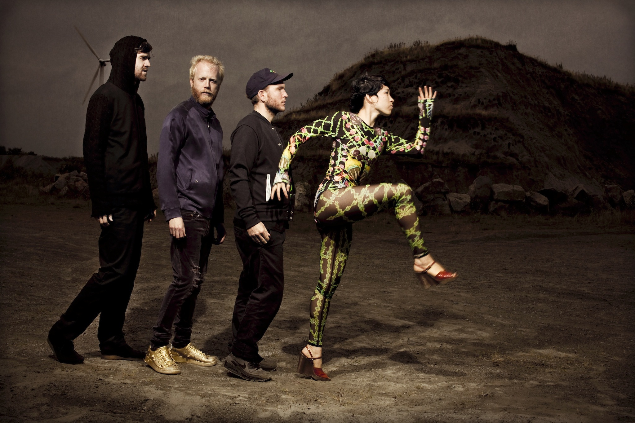 Little Dragon – 'Nabuma Rubberband'