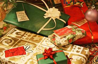 Christmas presents © Alan Cleaver
