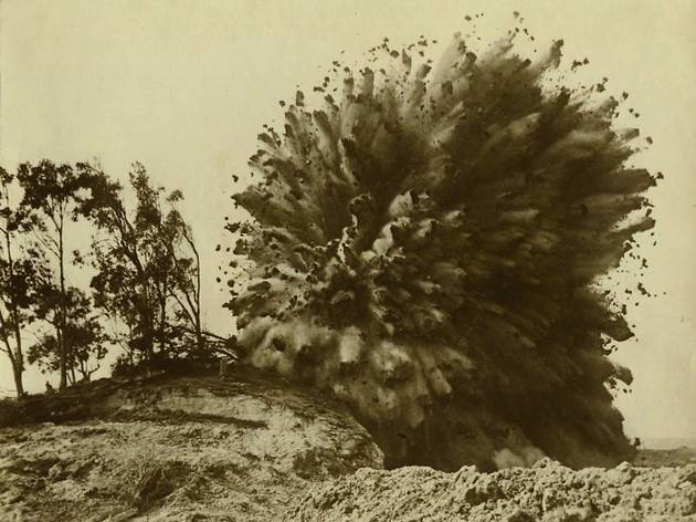 ('Un bouquet de rocs et de boue', photo de presse, Californie, vers 1930 / © Collection particulière)