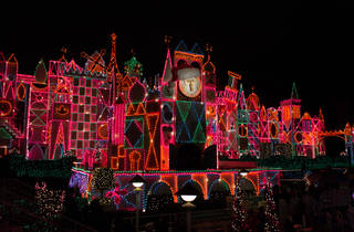 'It's a Small World' is the happy holiday tradition we need right now