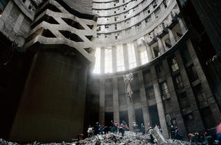 Ponte City - Cleaning the Core