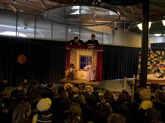 Cabaret de Marionetas