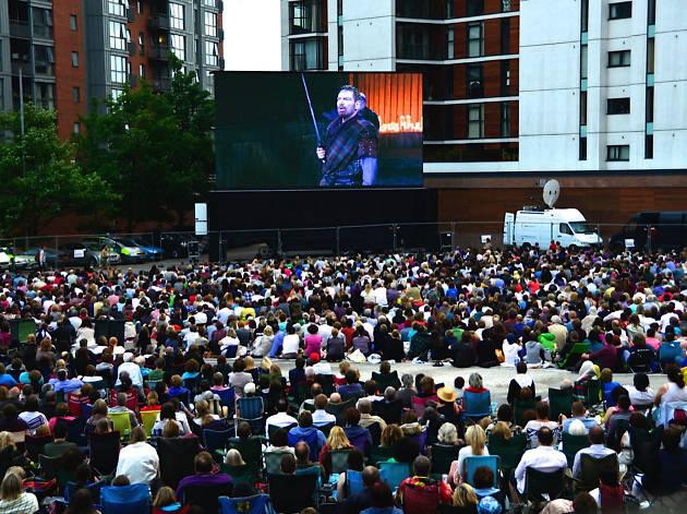 Macbeth Big Screen Relay from MIF