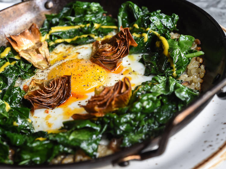 Kale and mushroom paella at Gato
