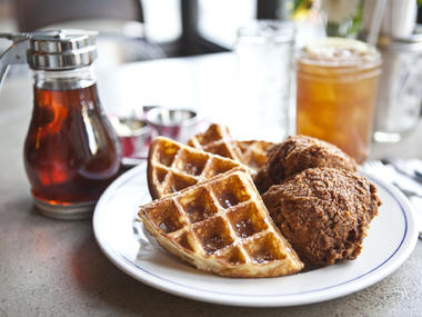 18 Best Cheap Brunch Places in NYC