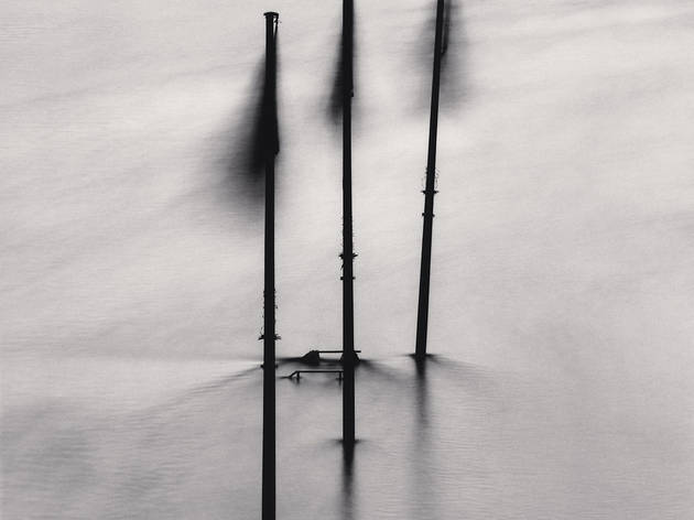 (Michael Kenna, 'Three Flags in Flood', Paris, France, 1991 / © Michael Kenna / Musée Carnavalet)