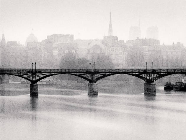 (Michael Kenna, 'Pont des Arts, Study 3', Paris, France, 1987 / © Michael Kenna / Musée Carnavalet)