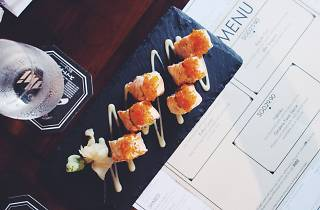 Chotto Matte aburi salmon maki