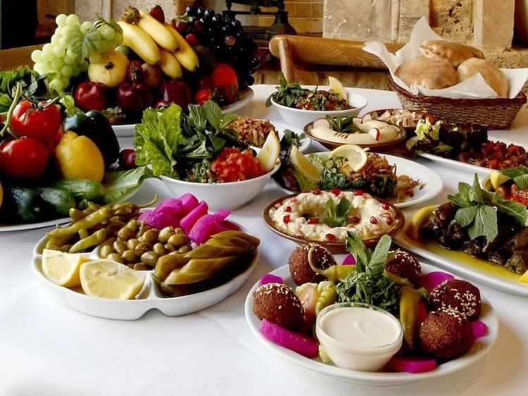 Manger dans un bon restaurant libanais à Paris