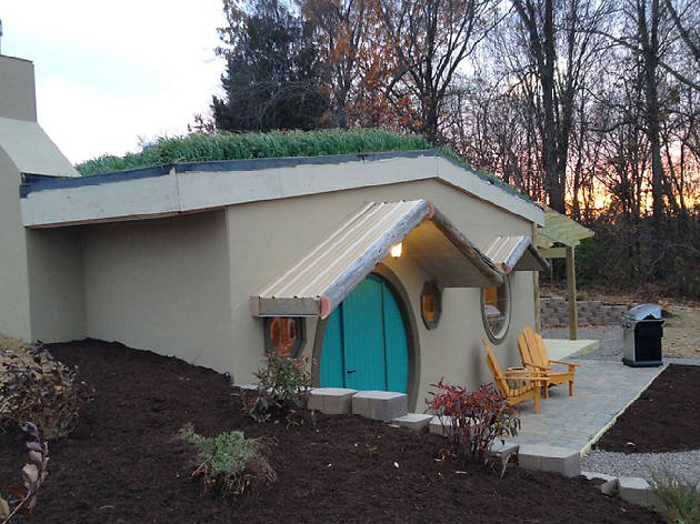 Live like a Hobbit without leaving Illinois