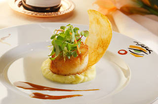 Pan-seared scallop at Picaso