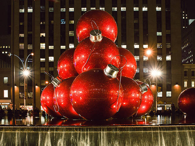 Check out the 30 best photos of Christmas in New York