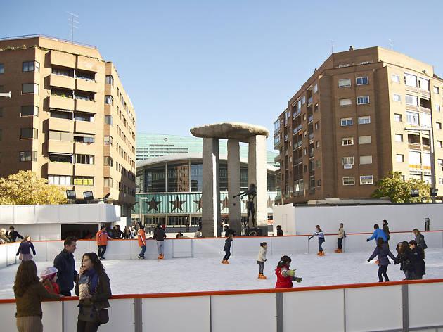 A patinar sobre hielo... en el centro de Madrid