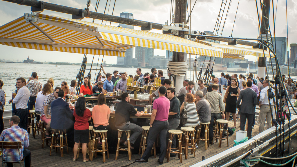 Fantastic boat bars in NYC