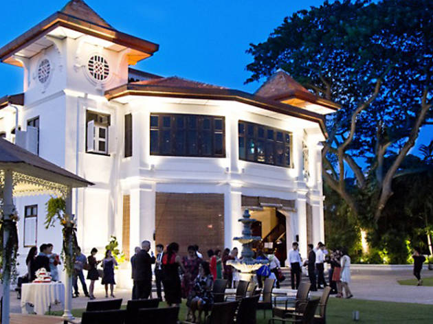 Alkaff Mansion Ristorante Restaurants In Bukit Merah