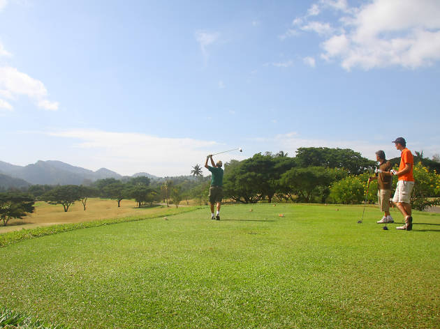 Victoria Golf and Country Resort is a golf course in Kandy