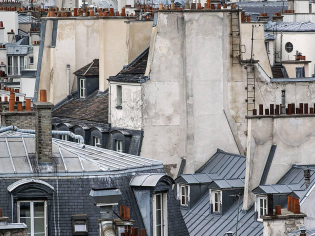 (Michael Wolf, 'Blind Walls. Paris Roof Tops', 2014 / Courtesy de Michael Wolf et la galerie Particulière, Paris)