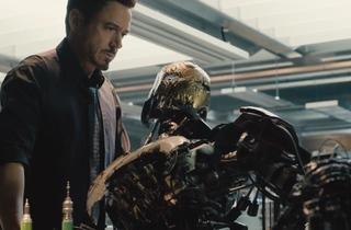 Avengers : L'Ere d'Ultron (de Joss Whedon, avec Robert Downey Jr., Mark Ruffalo, Samuel L. Jackson, Scarlett Johansson et Idris Elba)