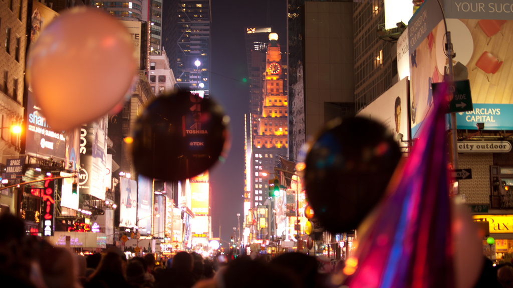 20 classic photos of New Year's Eve in New York