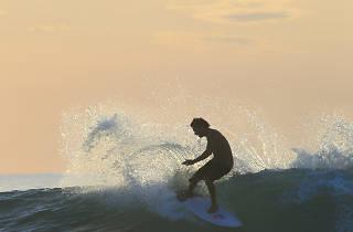 Surfing in Arugam Bay Sri Lanka